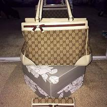Gucci Bag W.matching Wallet. Gorgeous Photo