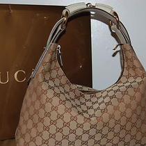Gucci Beige/ebony Signature