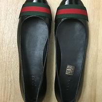 Gucci Flats Photo