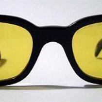 Gucci Gg 1155/s Unisex Vintage Black Wayfarer Sunglasses Yellow Lens Rare Photo