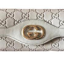 Gucciguccissima Wallet Women's Beige Leather Interlocking G Continental Photo