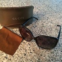 Gucci Heart Logo Sunglasses-Black Photo