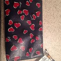Gucci Hearts Wristlet Purse Photo