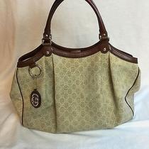Gucci Large Sukey Bag Photo