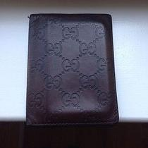 Gucci Leather Wallet Photo