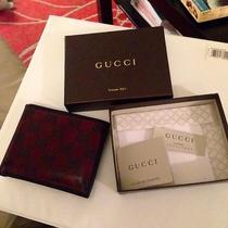 Gucci Men's Wallet - Bifold Red Photo