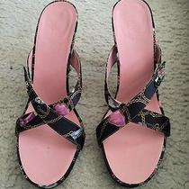Gucci Sandals Photo