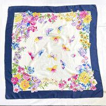 Gucci Scarf Vintage Flower Butterfly Silk 100 Navy Made in Italy Glamorous Photo