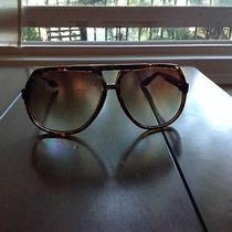 Gucci Sunglass Unisex Photo