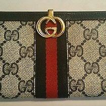 Gucci Vintage Wallet Photo