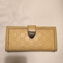 Gucci Women Wallet Photo
