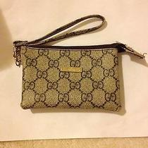 Gucci Wristlet Photo