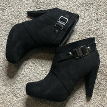 Guess Ankle Boots Size 8 Color Black Photo