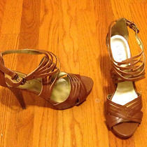 Guess Clover Tan Platform Strappy Heels Size 8 1/2 Photo