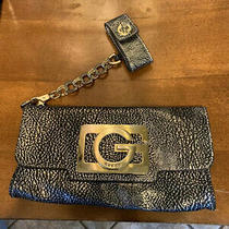 Guess Clutch Purse Gold Logo With Detachable Chain Wristlet Satin Lining Fashion Photo
