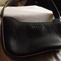 Guess Cute Black Purse Handbag. Photo