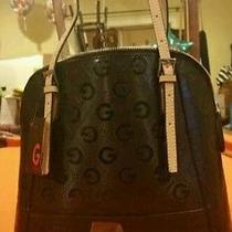 Guess  Handbag Photo