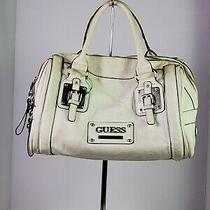 Guess Handbag in Good Condition Photo