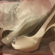 Guess Hondowomen White Sz 10 Patent Leather Peep-Toe Pumps Photo