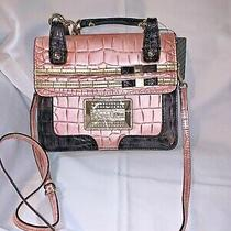 Guess  Leather Handbag Shoulder Bag Tote Purse Pink New With Tag Photo