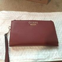 Guess Logo Wristlet  Est. 1981 Zip Around Leather Burgundy / Gold Euc Photo