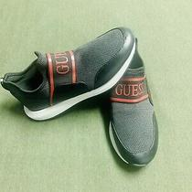 Guess Mens Slip on Black Laceless Shoes Us Size 8 Photo
