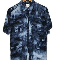 Guess Mens Slim Fit Short Sleeve Button Down Shirt Size Small - Blue Marble Photo
