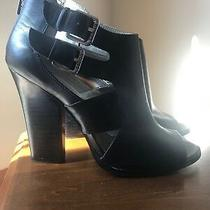 Guess Sexy 8m Black Leather Buckles Galissia Excellent Zipper 4 1/2 Heel Photo
