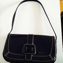 Guess Small Shoulder Purse Cute Photo