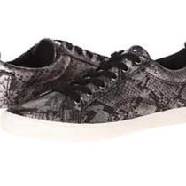 Guess Sneakers Women Photo