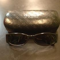 Guess Sunglasses With Case Photo