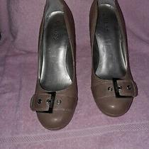 Guess Tan With Buckle Stiletto Heels 8.5m Photo