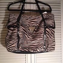 Guess Tote Photo