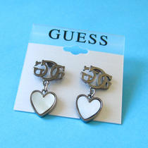 Guess Vintage Style White Mother-of-Pearl Heart Earrings New on Card Photo