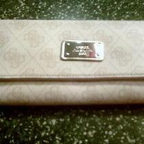 Guess Wallet  Photo