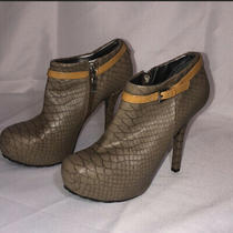 Guess Woman Ankle Booties Size 8 Photo