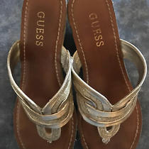 Guess Womans Wedge Cork Sandals Gold Metalic / Size 7m Pre-Owned Photo