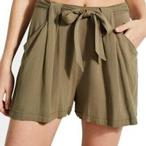 Guess Women's Shorts Olive Green Size 10 Pleated Skylee Tie-Waist 59 737 Photo