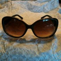 Guess Womens Sunglasses Photo
