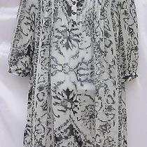 H & M Empire Waist Tunic Blouse Top Size 4 Gray and White Print Euc Photo