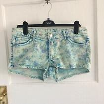 h&m Ladies Blue Floral Denim Shorts Uk Size 12 Photo