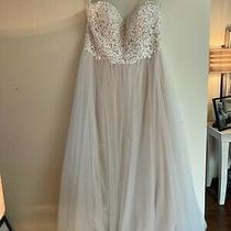 Hadley Bloom Ivory Lace Wedding Dress Size 22 Photo