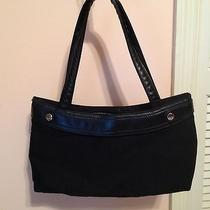 Handbag Designed by Thirty One Photo