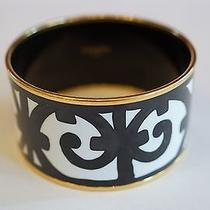 Hermes Enamel Extra Wide Bracelet. Photo