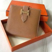Hermes Wallet Photo