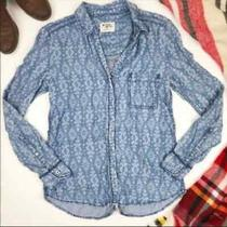 Holding Horses Anthropologie Print Chambray Blue Denim Button Top 0  Photo