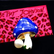 Hot Betsey Johnson Fashion Jewelry Charm Enamel Pearl Mushroom Cute Brooch Pin Photo