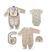 Hudson Baby 4-Piece Baby Bear Set  3-6 Months Photo