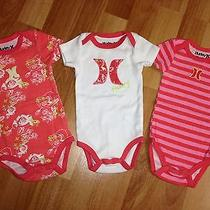 Hurley Girls Newborn 0-3 Months 3pc Set. Adorable Photo