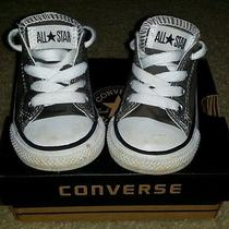 Infant Converse Size 5 (Sneakers) Photo
